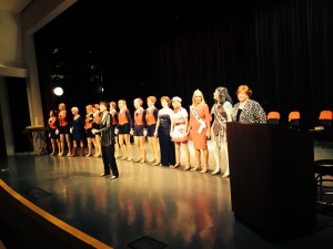 Missour Cameo Club Members on History Museum Stage for Finale